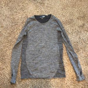 Seamless long sleeve, size M